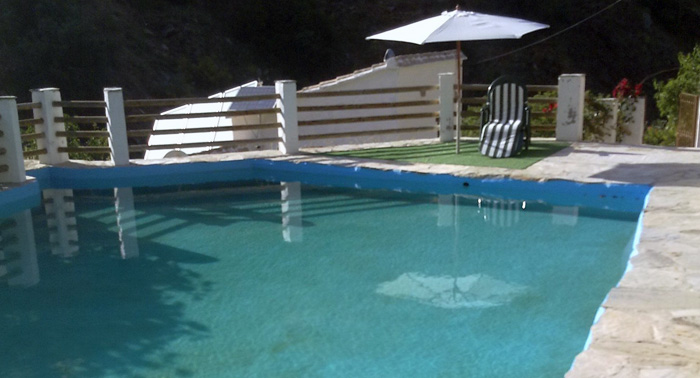 Emociom almer a desde por persona d a fin de for Casa con piscina fin de semana