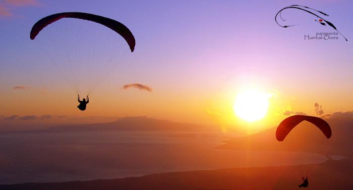 Descubre Almería desde el cielo. Vuelo en Parapente Biplaza con Monitor