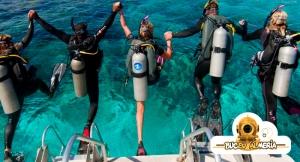 ¿Quieres hacer algo distinto? Haz un Bautizo de Buceo o 2 Inmersiones en la Isleta del Moro