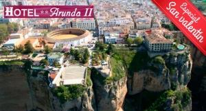 Regala una escapada a Ronda-Málaga: Alojamiento + Desayunos para 2 personas
