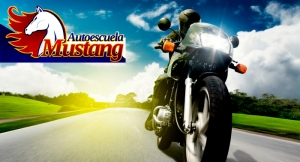 ¿Necesitas carnet de coche o moto? ¡Sácatelo en Autoescuela Mustang!
