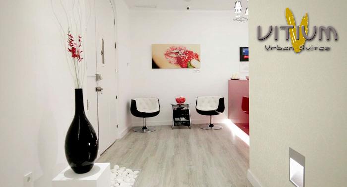 Alojamiento en Habitación Doble en plena Gran Vía de Madrid con Minibar y Desayunos Buffet