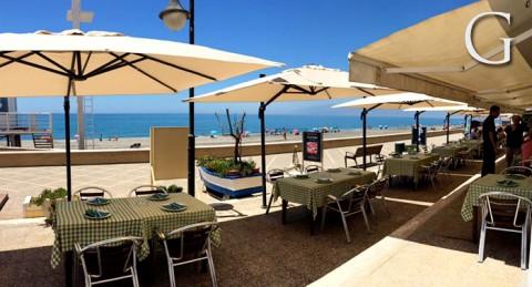 Para 2 personas: Arroz Caldoso con Marisco y 2 Bebidas, en el Paseo Marítimo de Cabo de Gata