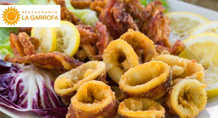 Para 2 personas: Fritura de pescado del día + 2 bebidas junto al mar por sólo 13,80€