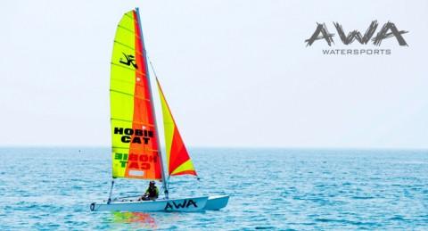 Navega en un Catamarán durante 1h con reportaje fotográfico en Motril, para 2 o 4 personas
