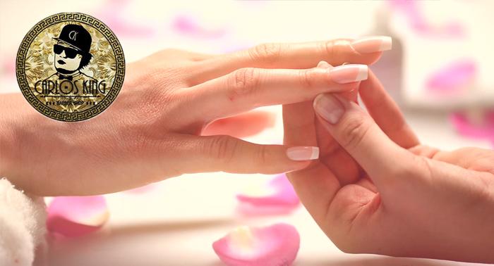 Deja que tus manos hablen por si mismas: Construcción de Uñas Acrílicas por sólo 15€