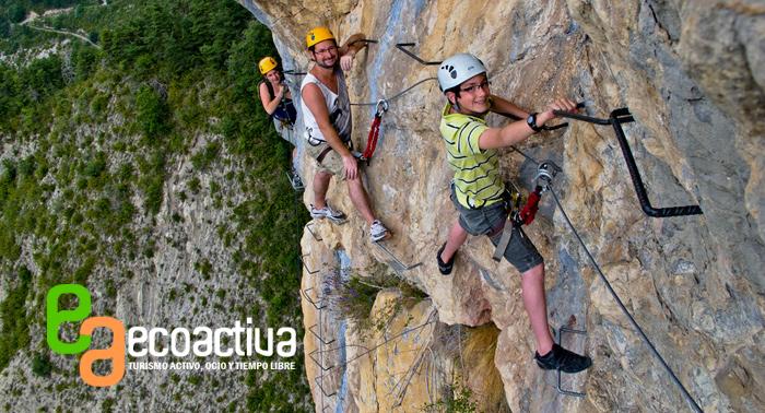 Vía Ferrata + Trekking + Consumición + Tapa. ¡Descubre la naturaleza en su más puro estado!