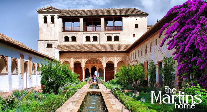 2 noches + entradas a La Alhambra, Palacios Nazaríes... con guia, tapeo y mucho más para 2 pax