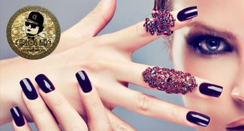Deja que tus manos hablen por si mismas: Esmaltado permanente con opción a manicura