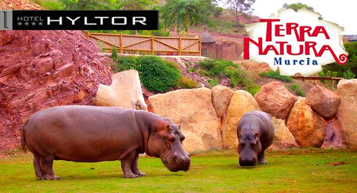 Escapada para 2: Alojamiento + Entradas a Terra Natura + Jacuzzi + Masaje