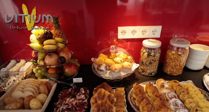 Alojamiento en Habitación Doble en Gran Vía de Madrid y Desayunos Buffet