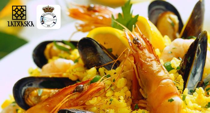 Para 2: Paella de Marisco + Ensalada o Gazpacho + Bebidas + Postres en el Club Náutico de Adra
