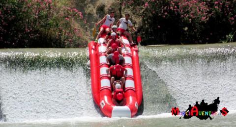 ¡Emociones fuertes en el Río Segura! Banana-Rafting con Almuerzo y Fotos