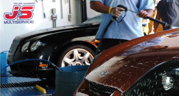 Lavado exterior e interior del coche, con opción de revisión, cambio de aceite y recarga A/C