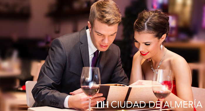 Cena Romántica San Valentín, Habitación, desayuno y Cava de regalo en Hotel NH Ciudad Almería