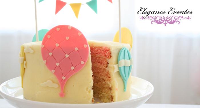 Cumpleaños infantil de hasta 15 niños con mesa dulce y salada, juegos, globoflexia, tarta...