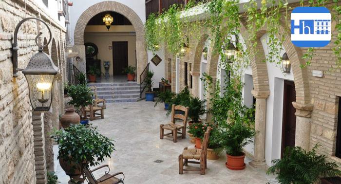 Dos noches de alojamiento + Desayuno en pleno centro de Córdoba por sólo 49€