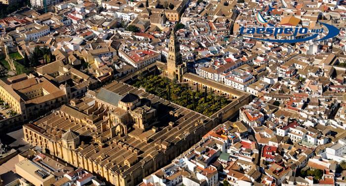 Córdoba a vista de Pájaro!! Disfruta desde los aires con este vuelo fotográfico desde 55€!!!