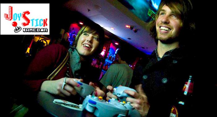 Descubre el primer Gamebar: Dos hamburguesas patatas y bebida + 1 hora de juego para 2 personas