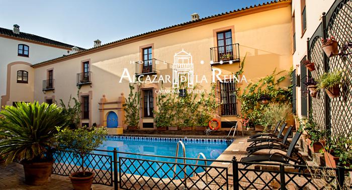 Fin de semana de lujo en Sevilla: 2 noches, desayunos, 1 cena, detalle bienvenida para 2 pers.