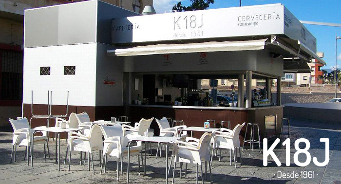 Gastronomía con historia: Jarra 1L + 6 Tapas o 2 bebidas + Arroz a banda, en Kiosco 18 de Julio