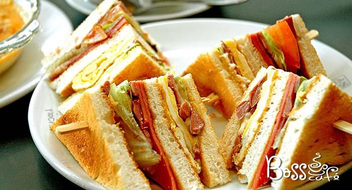 Delicioso plan para cualquier día de la semana: Sándwich o ensalada + bebida + Patatas o frutas