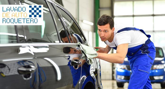 ¡Tu coche como nuevo! Limpieza exterior e interior con maletero incluido o Interior + Tapicería