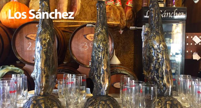 6 Bebidas + 6 Tapas en Los Sánchez ¡No te quedes sin probar las Tapas más famosas de Roquetas!