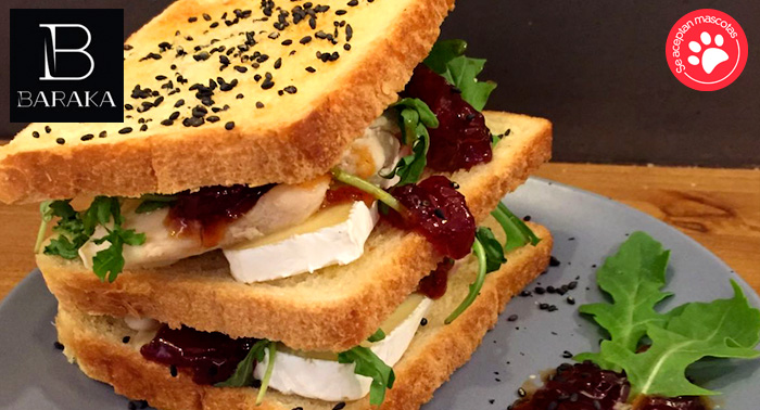 ¡Un menú para chuparse los dedos! Sandwich Gourmet + Bebida + Café + Postre