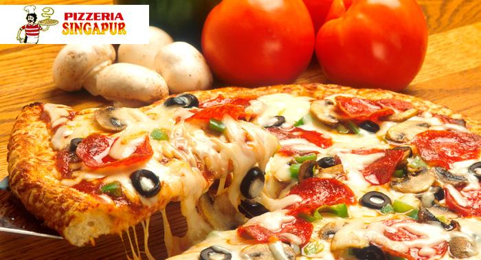 Tu Pizza Familiar + 2 Bebidas en 4 localizaciones diferentes en Pizzería Singapur