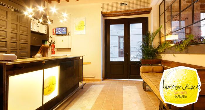 3 Noches de Alojamiento + Detalle de Bienvenida en Lemon & Rock: Viajar, compartir, ¡disfrutar!