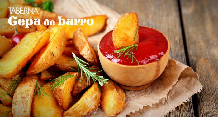 Jarra de 1L + 6 Tapas + Patatas Fritas con Huevo Estrellado, Berenjenas Fritas o Bravas