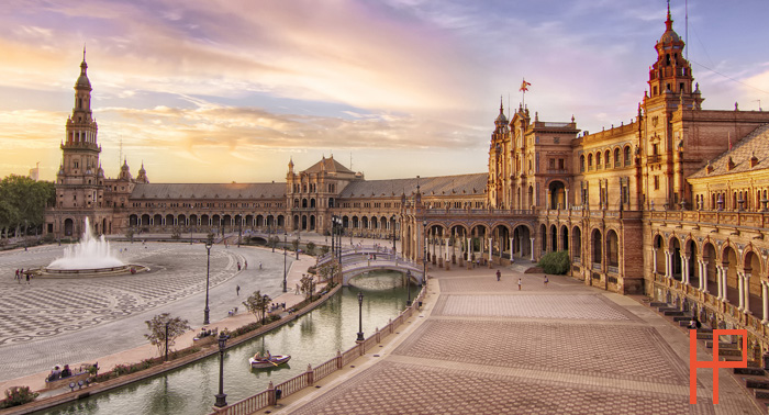 Espectacular escapada a Sevilla para 2: Alojamiento + Detalle de bienvenida