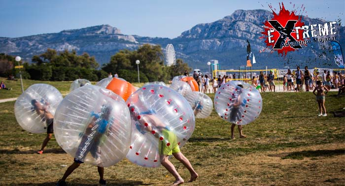Risas y diversión con el deporte de moda más original: Footbubble. ¡Pásalo en grande!