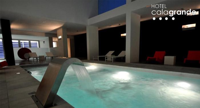 Hotel Cala Grande****: Circuito Spa + copa de Champagne para 2 personas sólo 33€