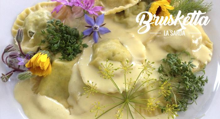 Menú para 2 personas en pleno centro de Almería: Bebidas + Ensalada o Provolone + Pasta