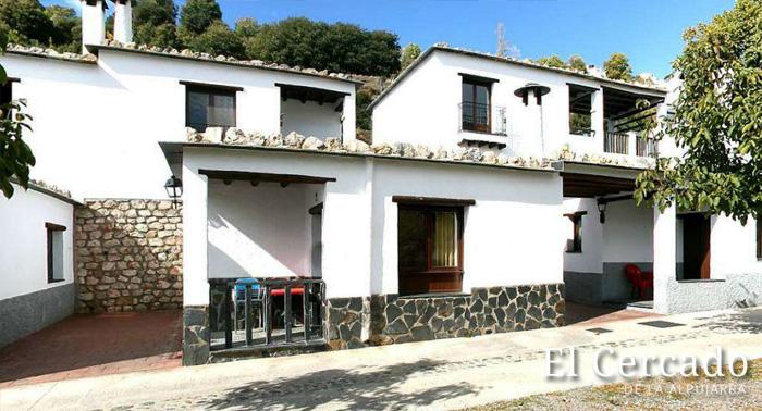 Escapada Rural Gourmet para 2 a la Alpujarra: Alojamiento + Circuito Spa + Desayuno o Menú