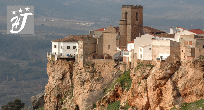 Escapada para 2 en Sierra de Cazorla, Segura y Las Villas: 2 o 3 Noches + Desayunos