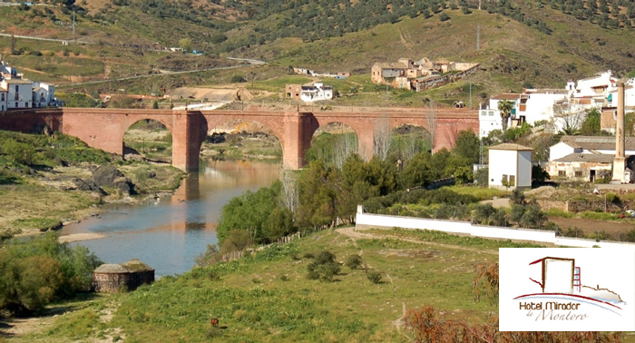 Regala una escapada a Montoro, Córdoba: 1 Noche de Alojamiento + Desayunos + Detalle Bienvenida