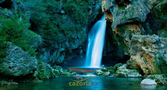 Escapada a Sierra de Cazorla para 2: 2 Noches en Habitación Doble + Desayuno + Ruta a Caballo
