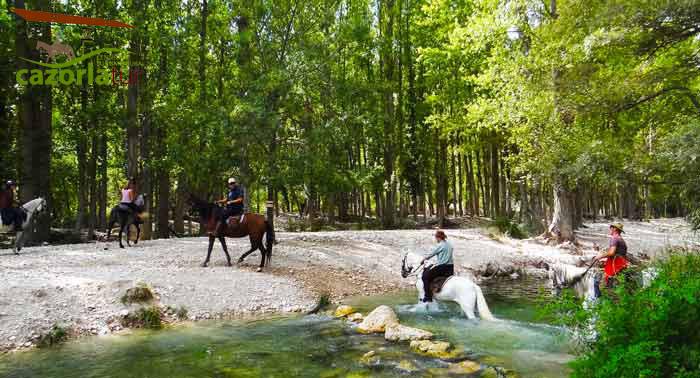 ¡Visita Sierra de Cazorla! Para 2 pax: 2 Noches en Habitación Doble + Desayuno + Ruta a Caballo