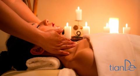 ¡Regala bienestar, belleza y salud! Limpieza Facial + Peeling + Hidratación o Masaje Relajante