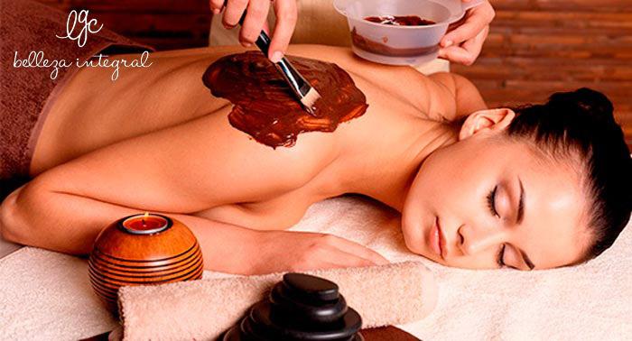 ¡Un dulce momento de relax! Masaje de 30 o 60 minutos con crema de chocolate, frutos rojos...