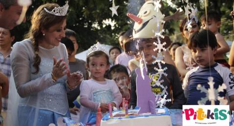 ¡Las fiestas de cumpleaños más divertidas! Pintacaras, globoflexia... y tu personaje favorito
