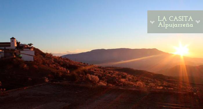 Escapada en pareja o familiar a La Alpujarra: 2 o 6 Noches de Alojamiento + Desayuno o Detalle
