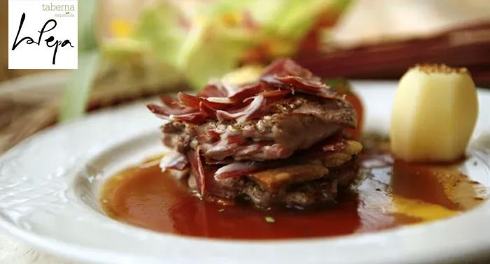 ¡Degusta un exquisito menú gourmet a compartir para 2 en Taberna La Pepa de Aguadulce!