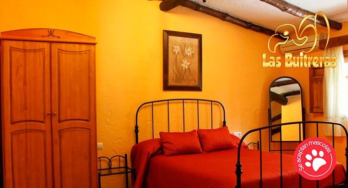 Escapada Malagueña para 2 personas: 2 Noches de Alojamiento + Desayunos en Hotel Las Buitreras