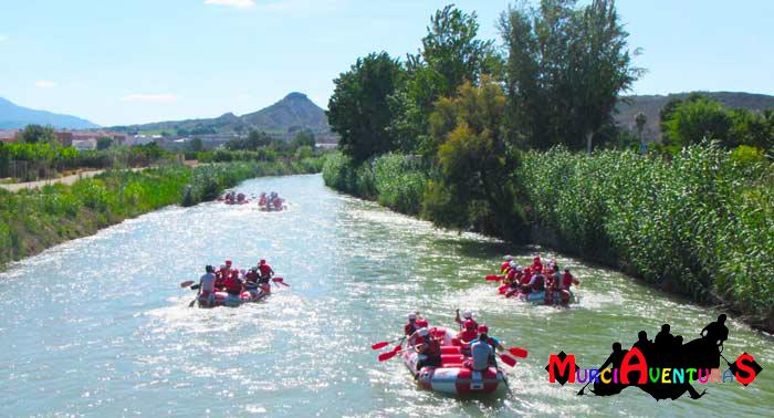 ¡Vive emociones fuertes en el Río Segura! Banana-Rafting con Almuerzo y Fotos