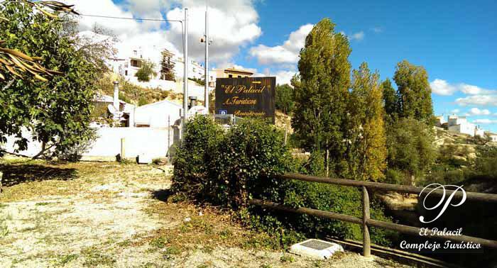 ¡Escapada Rural para 2 personas! 3 Noches + Desayuno en Apartamentos Turísticos El Palacil