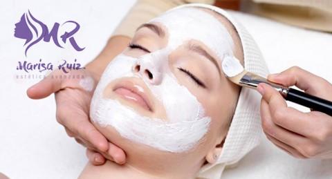 Regálate belleza y mima tu rostro: Tratamiento Facial Deluxe con Masaje de Aromaterapia
